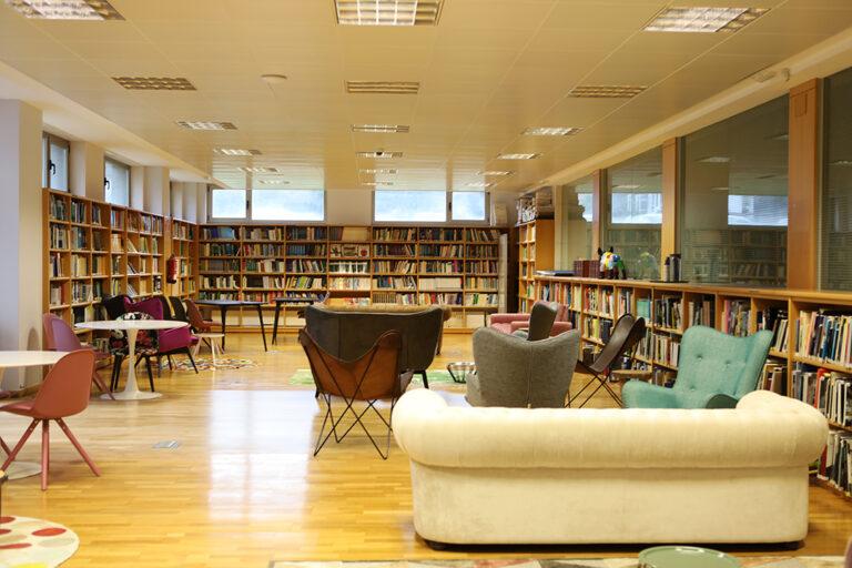 espacio-biblioteca-cesuga